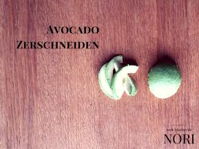 nori-blaetter-avocado-zerteilen-futo-maki-avocado-sushi-selber-machen-vegan-kalorienarm-natriumarm-glutenfrei-lactosefrei-ei-frei-cholesterinfrei